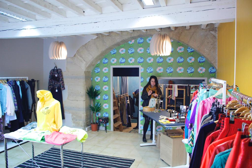Découvrez Brad Boutique, friperie à Montpellier, entrée du magasin