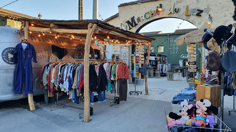 Boutique de vêtements seconde main Jaja La Fouine, friperie à Montpellier