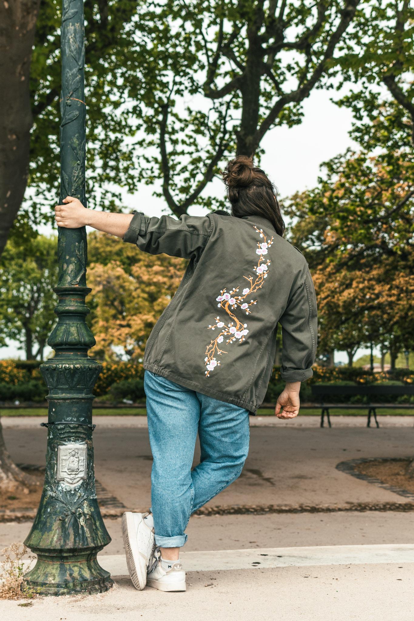 Veste militaire #4 de seconde customisée par la friperie Absolute Vintage à Montpellier
