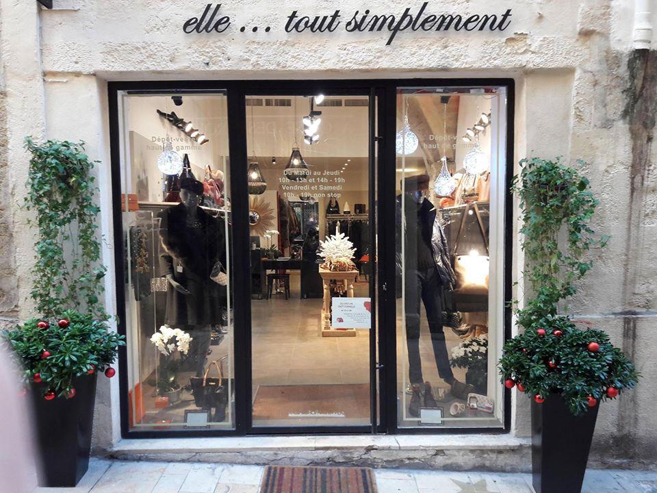 Vitrine boutique elle ... tout simplement dépôt-vente Montpellier