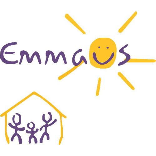 """Image boutique """"Emmaüs"""" ressourcerie à Lille."""